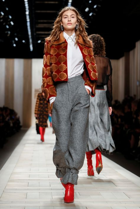 Karl Lagerfeld presents his latest designs for the Italian fashion house.