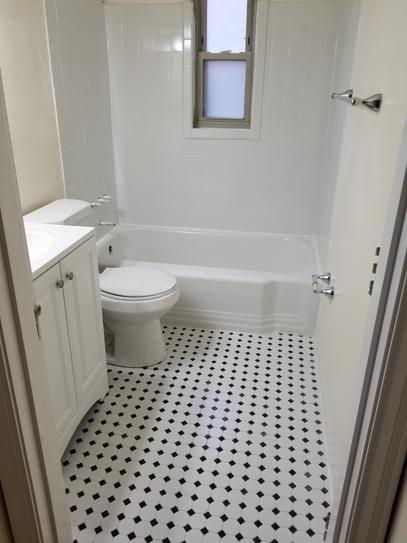 Retro Floor Hexagon Tile Bathroom Small Bathroom Bathrooms Remodel