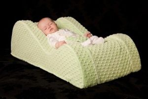 Hiccapop Daydreamer Infant Sleeper Lounger Chills And Pains Baby