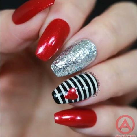 40 Pretty Winter and Christmas Nails Art Designs » Abby's Home Decors