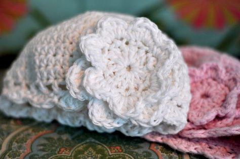 Aesthetic Nest: Crochet: Best Baby Cloche and Tutorial ✿Teresa Restegui http://www.pinterest.com/teretegui/✿