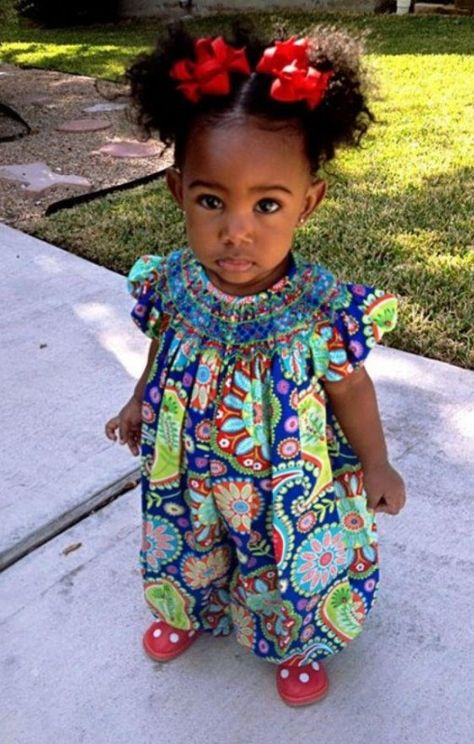 Outstanding Omg Could This Little Girl And Her Afro Puffs Be Any Cuter Natural Hairstyles Runnerswayorg