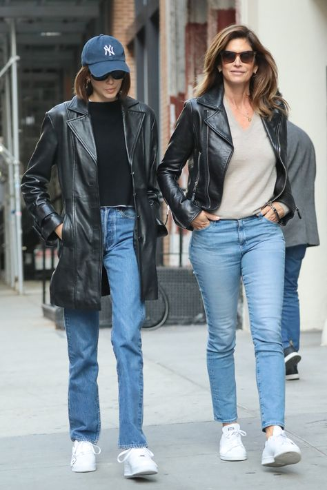 Supermodel, Kaia Gerber, and her no less famous model mom, Cindy Crawford, were out in New York City enjoying some time together. Bonding time for mother