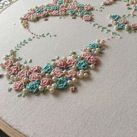 kanavi #embroideryartist #embroidery...