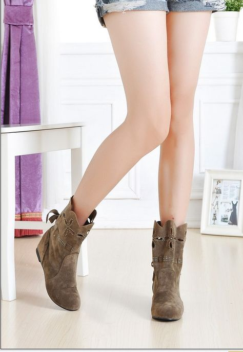 Lace-up Flat Summer Boots Beige
