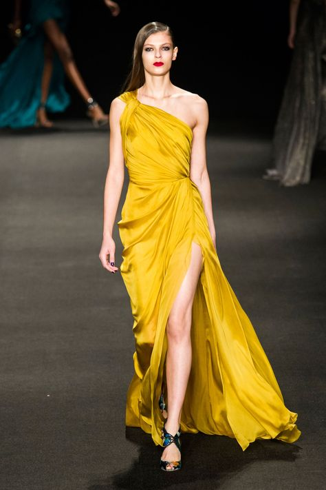 Monique Lhuillier at New York Fashion Week Fall 2015 Yellow Things yellow gown
