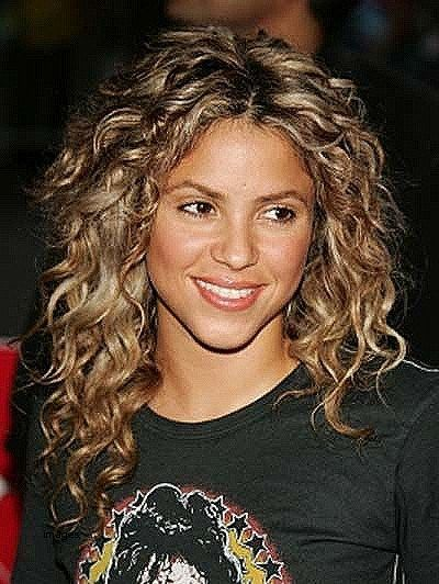Short Hairstyles For Naturally Curly Hair 2018 Beautiful Best 25 Medium Length Curl Medium Curly Hair Styles Medium Length Hair Styles Medium Length Curly Hair