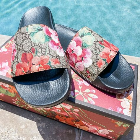 """Kori Teper's Instagram profile post: """"I think it's time to try these babies out 💕  How cute are these slides for summer!!! Loving the floral print. #LTKshoecrush #LTKMothersDay…"""""""
