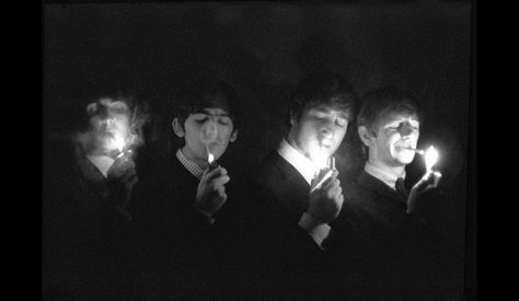 The Beatles : Paul McCartney, George Harrison, John Lennon, Ringo Starr