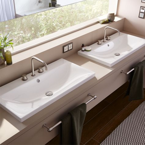 A Bathroom Is Optimally Equipped With Silenio Washbasins They