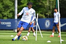 Reece James, star of Chelsea, undergoes knee surgery on the sidelines for months