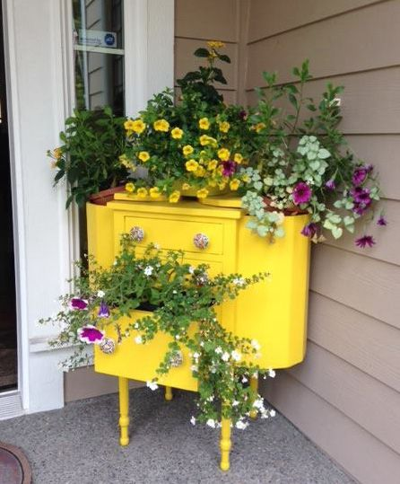 Vintage Sewing Cabinet Turned Porch Planter - Cabinet - Ideas of Cabinet - planter repurpose sewing cabinet vintage container gardening flowers gardening painted furniture repurposing upcycling Garden Planters, Garden Art, Garden Design, Planter Pots, Porch Planter, Planter Ideas, Chair Planter, Porch Garden, Garden Junk