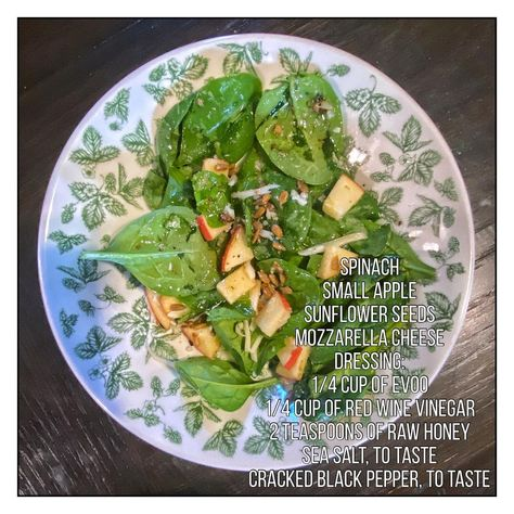 """ɪɴ ᴋᴇᴛᴏsɪs-ɴᴏᴛ ᴋᴇᴛᴏ on Instagram: """"I made my own salad dressing! This was so flavorful! Please share and save for later! #saladrecipe #homemadedressing #spinachsalad…"""""""