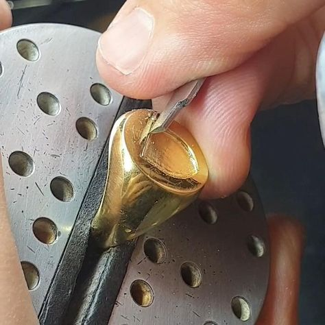 Progress video on the seal engraving process. By LONDON ENGRAVER
