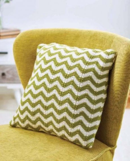Free Knitting Pattern For A Simple Chevron Cushion Pillow Knitting