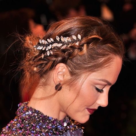 Wedding braids, Party hairstyles, Hair inspiration, Hair styles, Braids hairstyles pictures, Long hair styles - The Met Gala came, saw, and conquered the beauty blog last night, and now it's time to g -  #Weddingbraids
