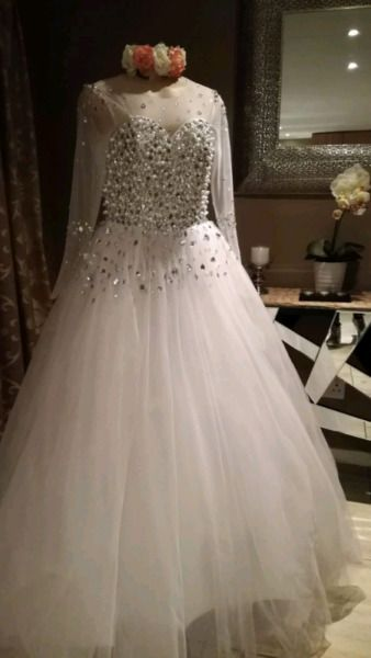 Bridal Vault Wedding Dress For Hire Or Sale Kempton Park Gumtree Classifieds South Africa 312328934 Wedding Wear Bridal Gowns Wedding Dresses