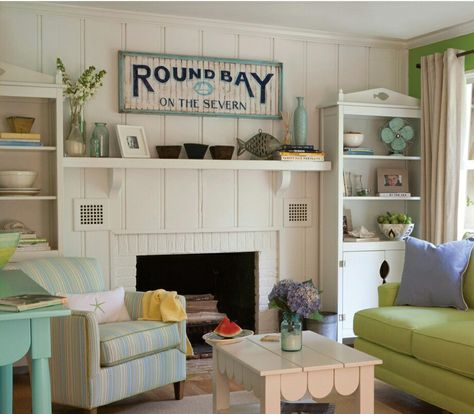Vintage Beach Cottage Decor With Images Beach Living Room