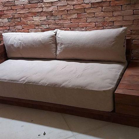 sof revestido com lona de caminho tocadocoral tapearia arquiteta toca do coral tapearia pinterest