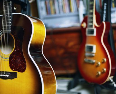 10 Songs You Can Learn To Play On Guitar With No Experience