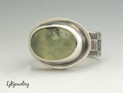 98014d157460 Anillo de plata de Prehnita anillo de plata anillo de