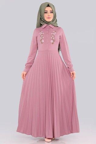 Modaselvim Tesettur Piliseli Elbise Modelleri Moda Tesettur Giyim Elbise Modelleri Elbise Giyim