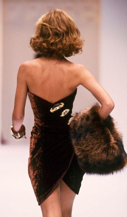 fashion: Christy Turlington for Gianfranco Ferre