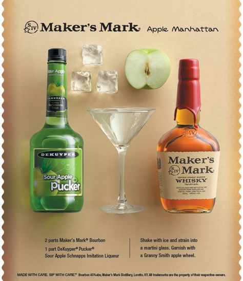 You don't have to go to New York City to enjoy this Apple Manhattan! Just in time for Spring this refreshing cocktail has everything to shake the winter blues away! #apple #bourbon #cocktail