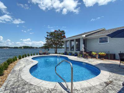 New Peninsula Lake Home With Pool Rockwell Pool Houses Lake House Pool