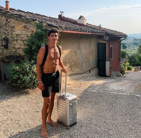 Image shared by Alana Shada. Find images and videos about jack gilinsky on We Heart It - the app to get lost in what you love. Jack Gilinsky, White Boys, White Man, Beautiful Boys, Pretty Boys, Rafael Miller, Barefoot Men, Jack And Jack, Magcon Boys