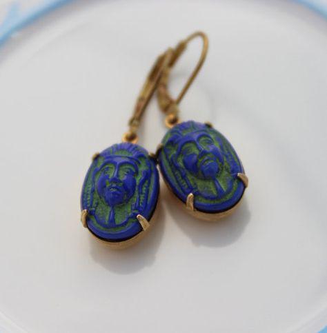 Boucles doreilles en verre avec scarab/ée /égyptien
