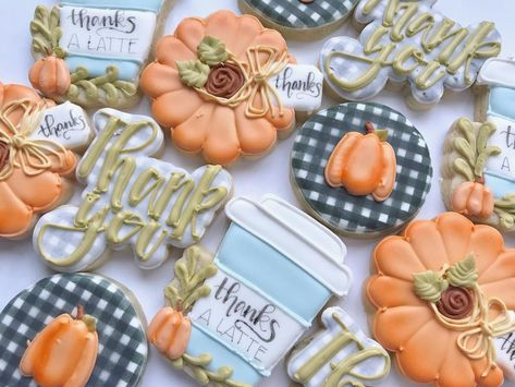 """Sara Crabtree on Instagram: """"Who needs thank you cards when you've got cookies to send! . . . . #decoratedcookies #sugarcookies #thankyou #thankyoucookies #pumpkins…"""" Summer Cookies, Fall Cookies, Cookies For Kids, Iced Cookies, Cute Cookies, Sunshine Cookies, Cookie Factory, Thanksgiving Cookies, Cookie Designs"""
