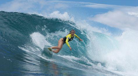 Pregnancy & surfing with Holly Beck - SurfGirl Magazine