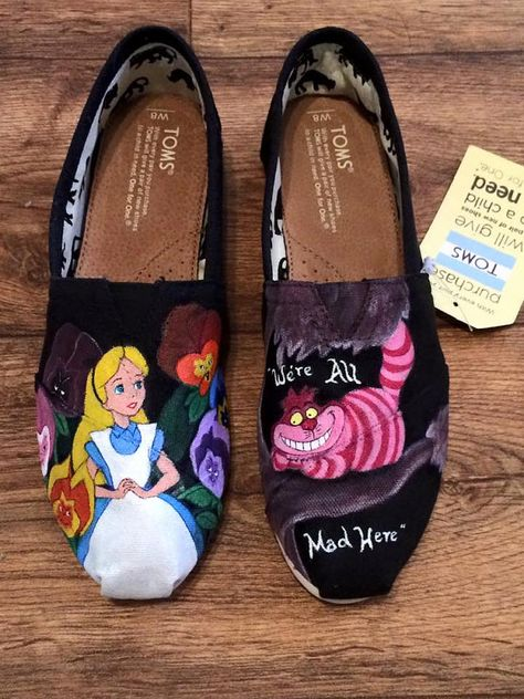 This is a pair of Alice In Wonderland hand painted shoes. The design on the shoes was inspired by the Disney movie Alice in Wonderland and are just an example of what can be done with the shoes. The exact shoes are not for sale, but I can do the same design on another pair of shoes. If youd like something different, send me a message of what you would like and we can come up with a design.  All canvas shoes are hand painted using Angelus brand acrylic leather paint. Angelus paints are…
