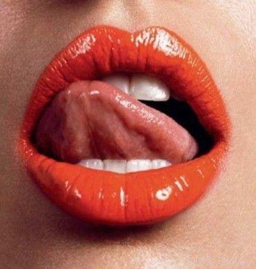 Wipawoman Hot Lips Beautiful Lips Love Lips