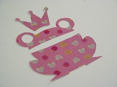 "Frog & crown. How to make ""fabric"" Vinyl Wall Decals"