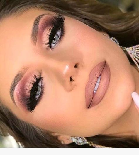 100 Makeup Looks For Ladies To Try