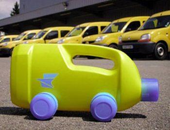 como hacer un carro con botes de plastico | Juguetes