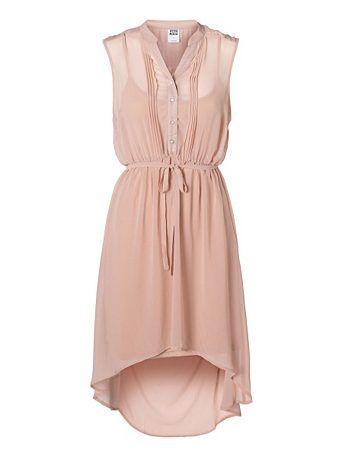 Kurzes, ärmelloses #Kleid von Vero Moda. Highlight: Glitzereffekt am Halsausschnitt und der oberen Rückenpartie.  Zum Produkt: http://tools.otto.de/l/Kleid56