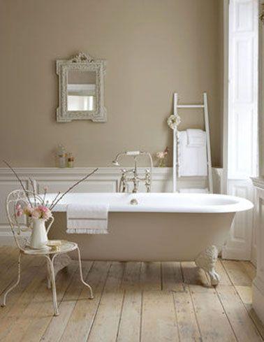 Peinture salle de bain couleur lin Little Green | deco | Peinture ...