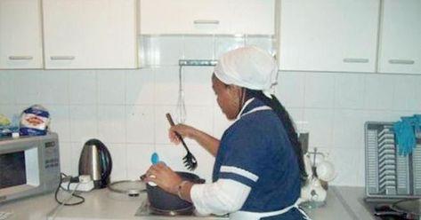 رسميا بدء إصدار تأشيرات العمالة الإثيوبية عبر نظام مساند أعلنت سفارة خادم الحرمين الشريفين في أديس العمالة المنزلية سفارات المملكة Mirror Selfie Mirror