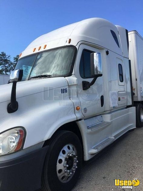 2013 Freightliner Cascadia Sleeper Cab Semi Truck Dd15 13 Speed For Sale In Virginia Freightliner Cascadia Semi Trucks Freightliner