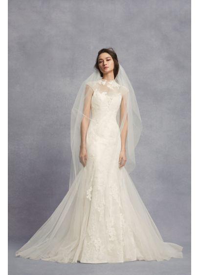 Appliqued Chantilly Lace Trumpet Wedding Dress