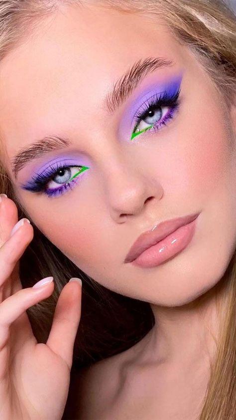Purple Makeup Looks, Bright Makeup, Makeup Eye Looks, Colorful Eye Makeup, Eye Makeup Art, Crazy Makeup, Skin Makeup, Edgy Makeup, Eyeshadow Makeup
