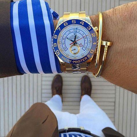 A #Gentelman only has eyes for #luxury #watchesph  305-377-3335 info@diamondclubmiami.com  www.diamomdclubmiami.com  #business #businessmen #men #mensfashion #menstyle #man #miamiwatches #rolex #rolexero #rolexchallenge #yatchmaster  Gold Rolex Yacht-Master II @rolexaholics