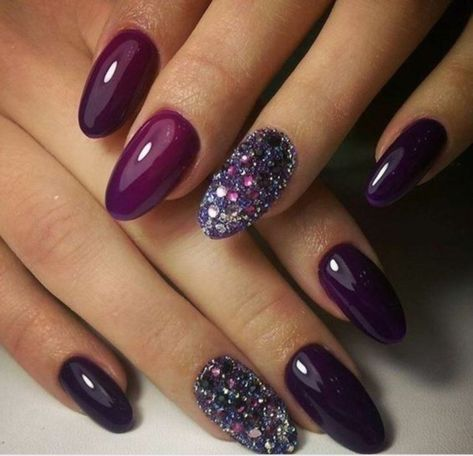 Outstanding Holiday Winter Nails Art Designs 2019 06