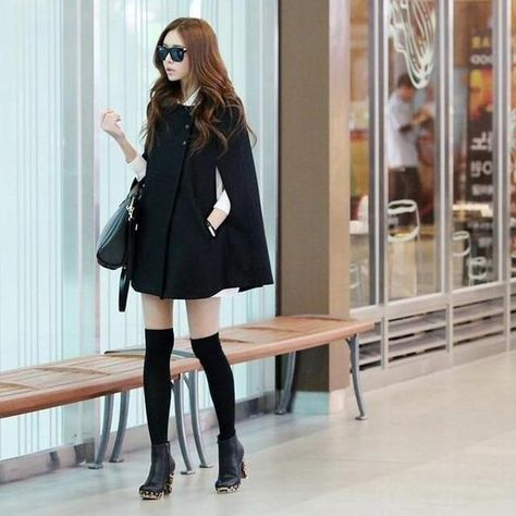 Women Winter Batwing Poncho Single-breasted Woolen Coats Casual Loose Overcoat Hooded Collar Long Sleeve Cloak Coat Capes Jacket Size S Color Black