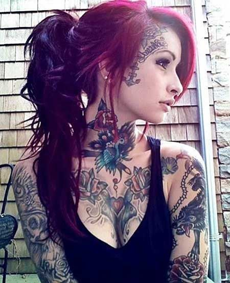 I'm personally not a face tattoo girl but still. this is a beautiful tattooed girl ♥