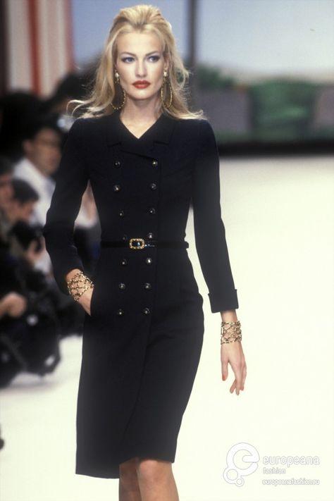 ZsaZsa Bellagio - Chanel Cardigan - Ideas of Chanel Cardigan - karen-mulder: Chanel Model: Karen Mulder