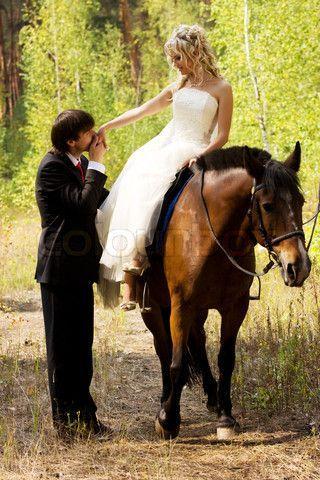 People Bild Foto Stock Foto Colourbox In 2020 Pferde Hochzeit Hochzeitsfoto Pferd Fotos Hochzeit